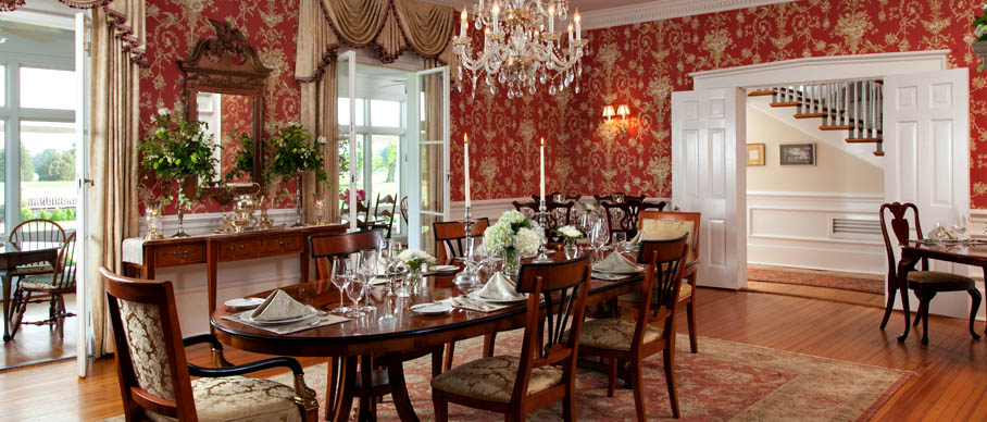 Romantic Virginia Bed and Breakfast Dining