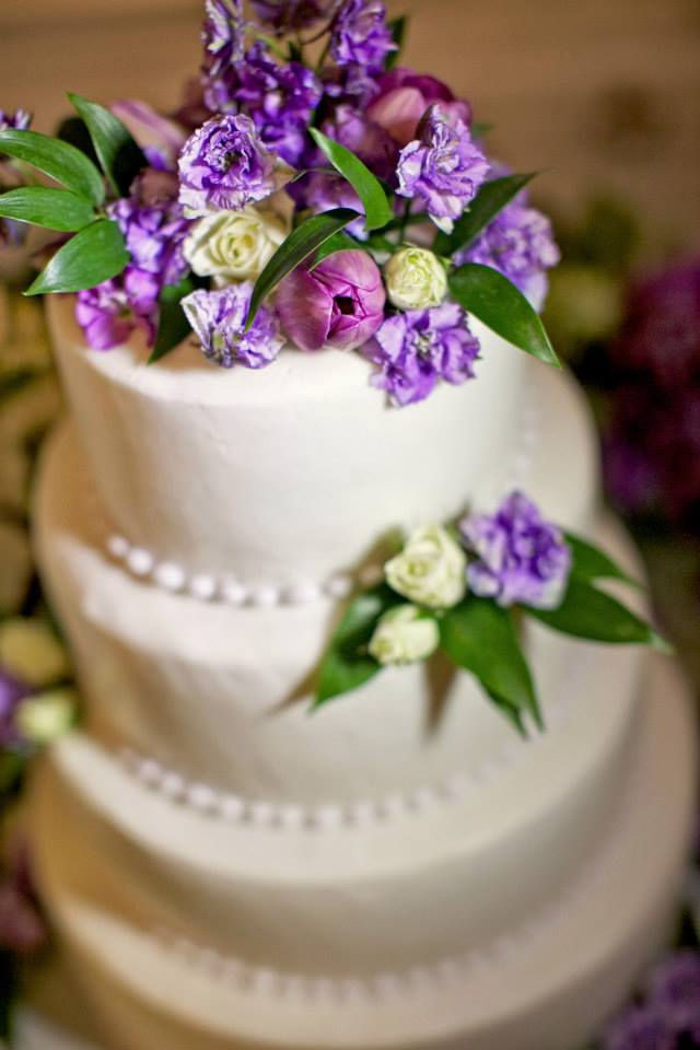 Warner Hall Wedding Cake